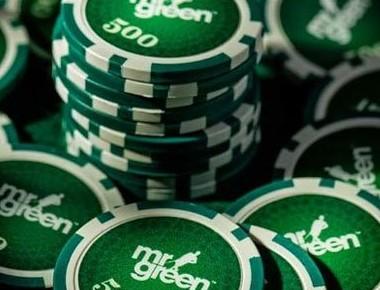 Gröna spelmarker med Mr Green-logon